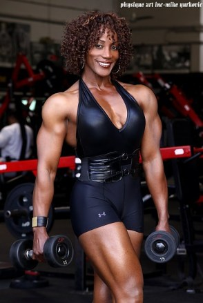 lenda-murray-ifbb-miss-olympia-bodybuildster-usa-best-of-the-best-29