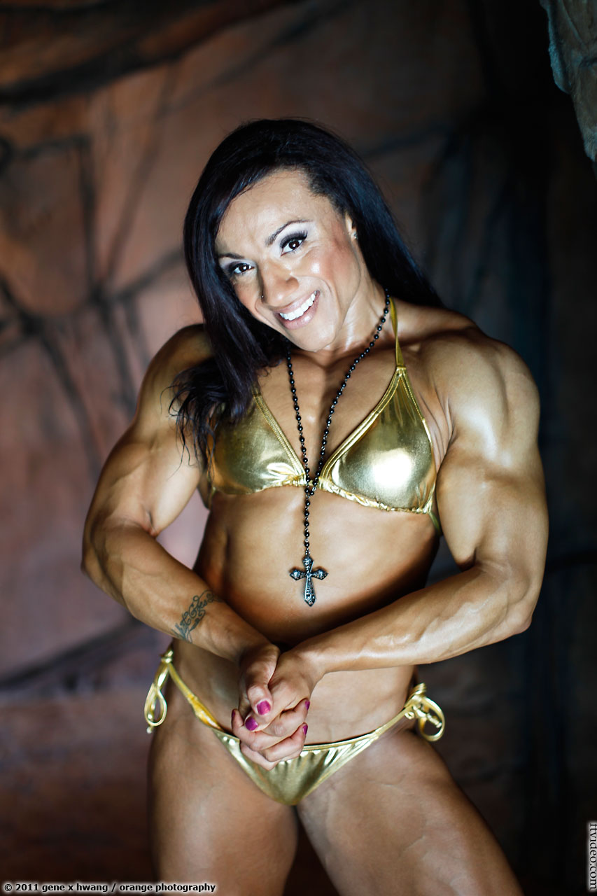 Female black muscle domination