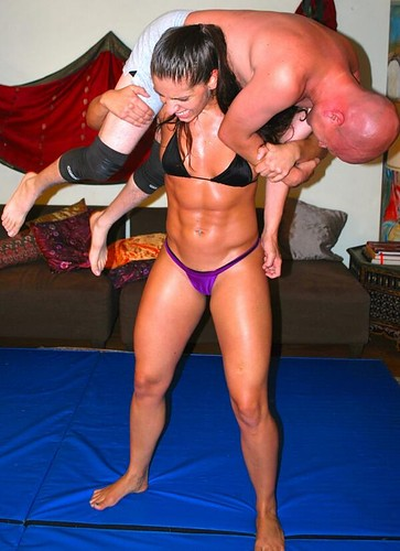 athletic,liftandcarry,liftandcarry,mixedwrestling,muscular,strong-d70a09e7a07b508b5097e69b22cc0058_h