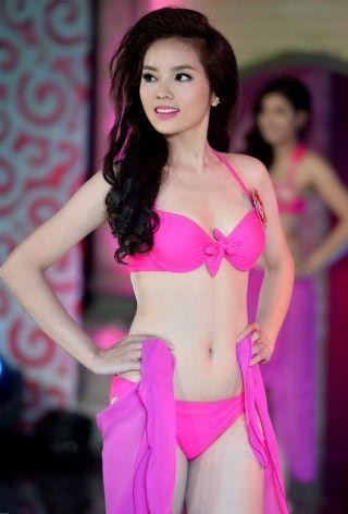 a-pink-bikini