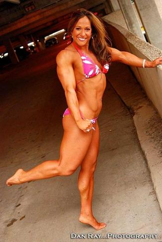 sarah-hayes-bodybuildster-ifbb-pro-usa-5