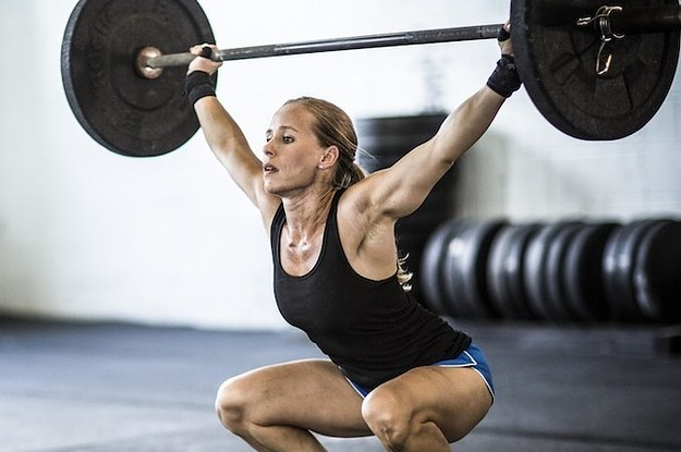 what-lifting-weights-taught-me-about-being-a-woman-2-31872-1406335298-2_dblbig