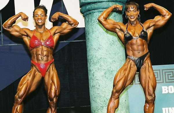 Iris Kyle : The Best Bodybuilder Ever – femuscleblog