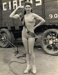 Strongwoman 35