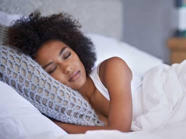 AN382-Woman-Sleep-732x549-thumb