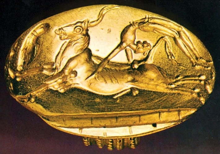 minoan-gold-seal-depicting-bull-leaping