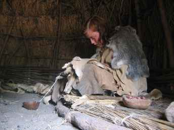 neolithic-women-lived-during-a-time-when-farming-communities-and-animal-domestication-were-introduce
