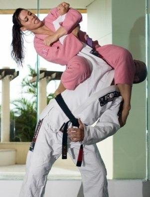 self-defense-for-women-09