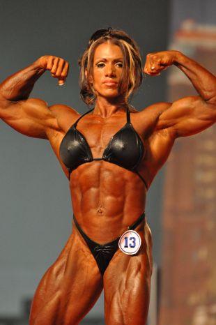 Arnold Classic 2009 - Pro Womens Bodybuilding Prejudging - 0505