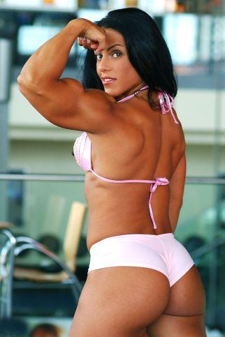 Mavi-Gioia-biceps-female-muscle-whips-glutes