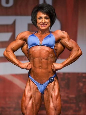 british-female-bodybuilder-shines-toronto-contest-wendy-mccready-displays-impressive-lat-spread-sinewy-thighs-earning-94035391