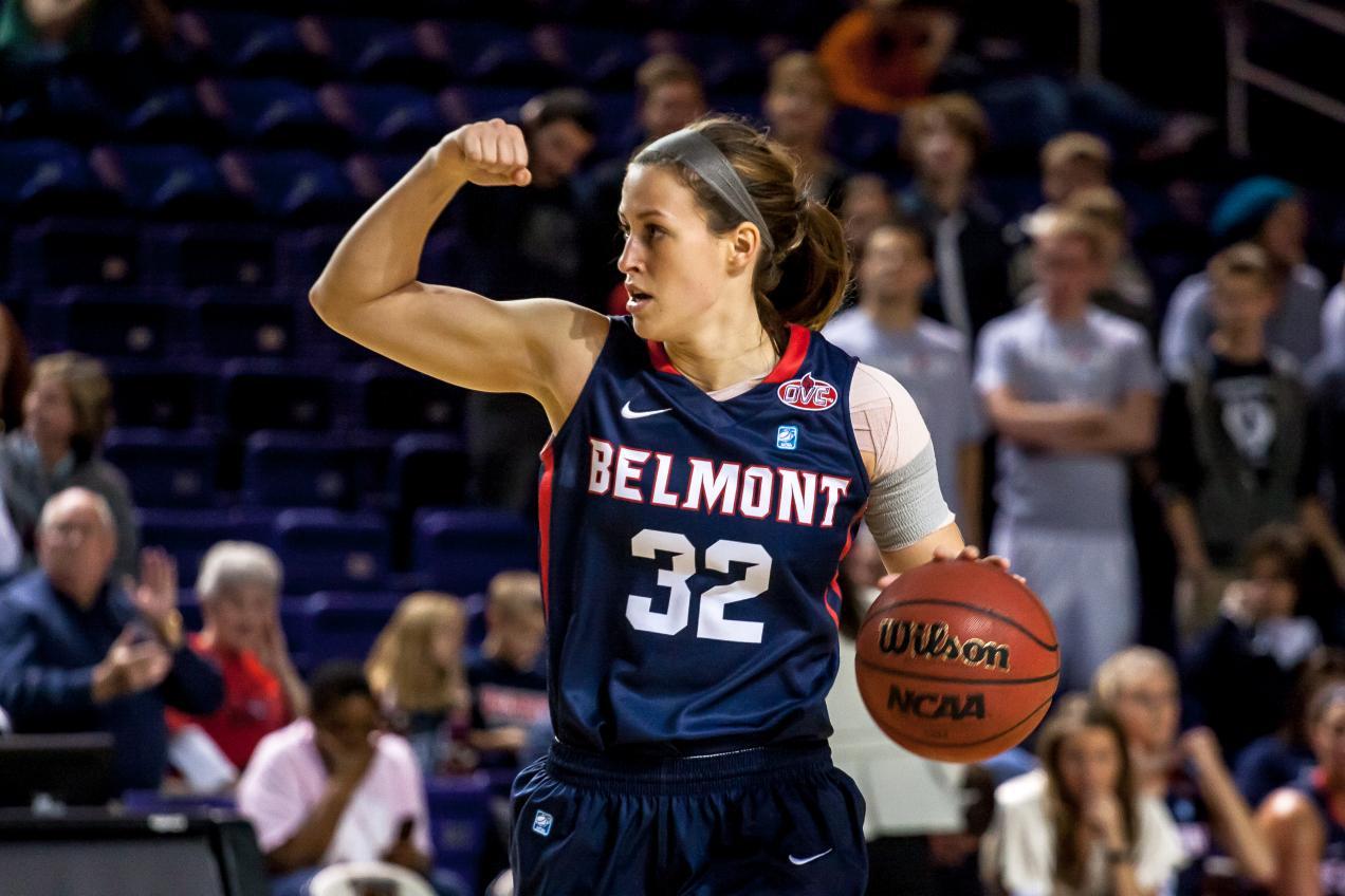 WomensBasketball-40Lipscomb-003