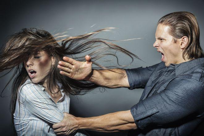 Man-Hitting-Woman