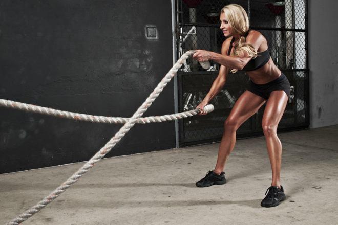 woman-battle-rope1